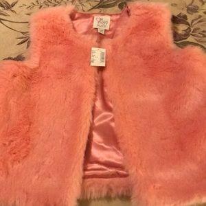 Girls faux fur Rose Petal color vest